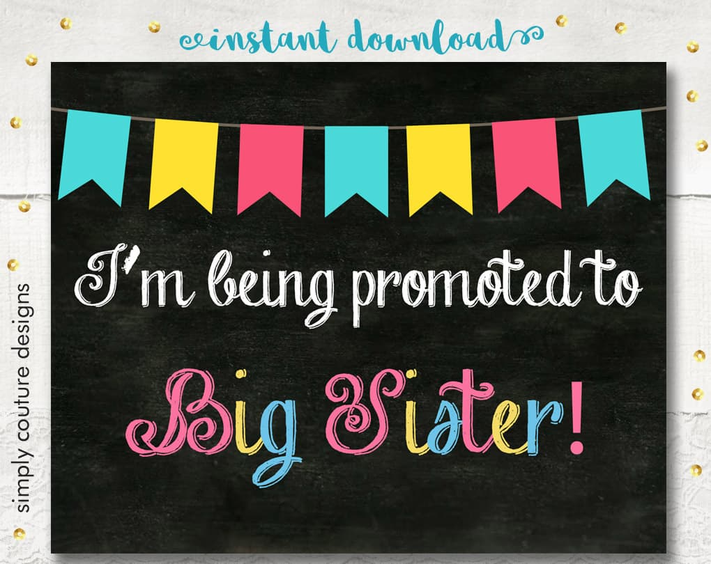 Download a free printable pregnancy announcement chalkboard style sign. I can't wait to meet my little sister. Perfect for baby announcement.